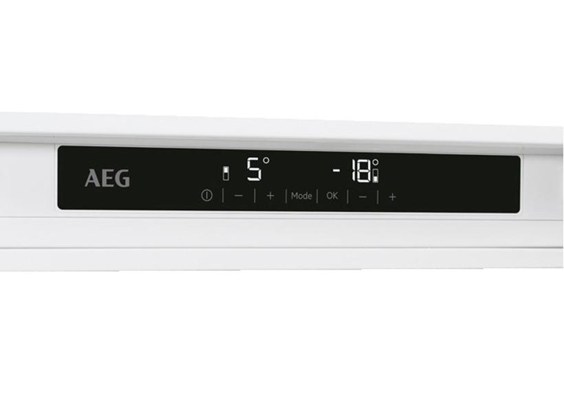 Aeg Kühlschrank No Frost : Aeg einbau kühl gefrierkombination sce tc möbel dau gmbh in